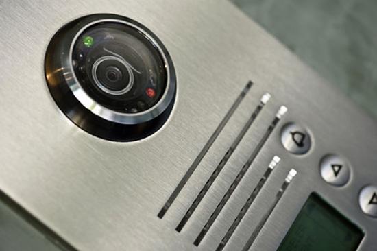 Вызывная панель видеодомофона фото купл.Fotolia